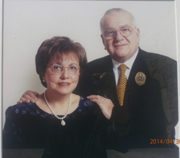 Նորավանքի բարերարներ Տիար Տիգրան և Տիկին Դիանա Հաճեթյաններ: