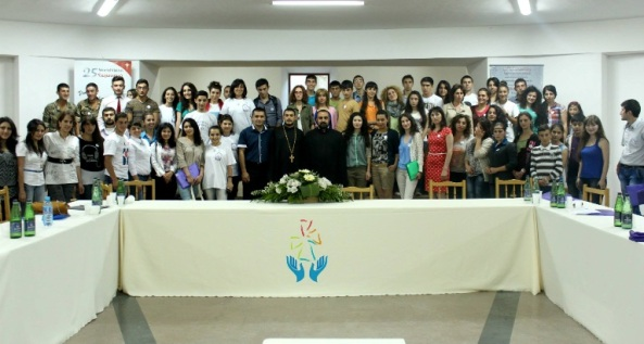 «Համահայաստանյան  եկեղեցասեր երիտասարդաց միությունների ֆորում Գյումրիում»