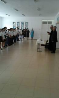 «Սրբալույս Մյուռոն» թեմայով բանախոսություններ Վայք քաղաքի դպրոցներում