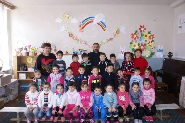 Տ. Վազգեն քահանա Հովհաննիսյանն այցելեց Մալիշկայի թիվ 1 մանկապարտեզ
