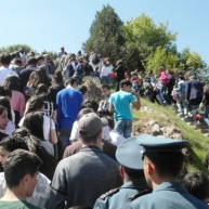 Հայոց ցեղասպանության սուրբ նահատակների ոգեկոչման արարողություններ Եղեգնաձորում