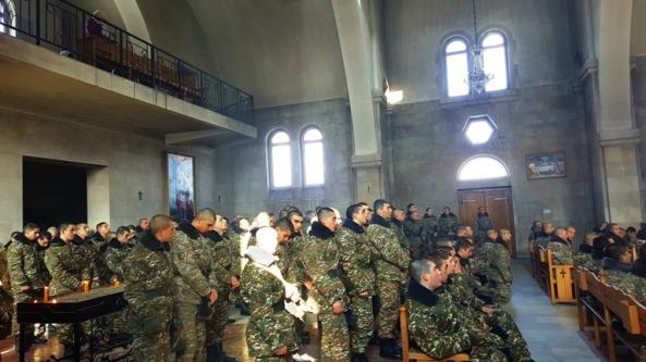 Զինվորների մասնակցությամբ Սուրբ և Անմահ Պատարագ  Վայքի Ս. Տրդատ եկեղեցում