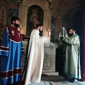 Նորաօծ Տեր Հովհաննես քհն. Մաթևոսյանը մատուցեց իր անդրանիկ Ս. և Անմահ Պատարագը